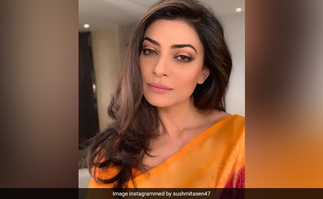 Sushmita Sen's Birthday Cake Displayed Her Love For Shopping (Watch Video)