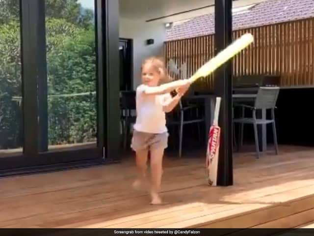 David Warners daughter wants to be like Virat Kohli