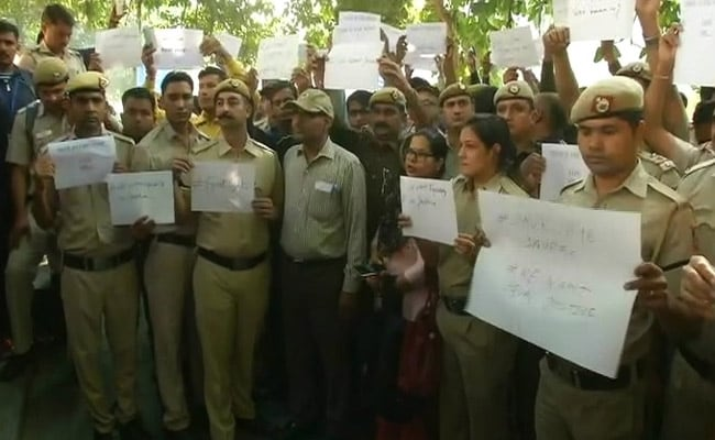 Delhi Cops Injured During Clashes With Lawyers To Get Ex-Gratia Of Rs 25,000