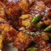 Quick Party Snacks: घर पर होने वाली अगली पार्टी में इस तरह बनाएं हनी कॉलिफ्लावर, देखें वीडियो