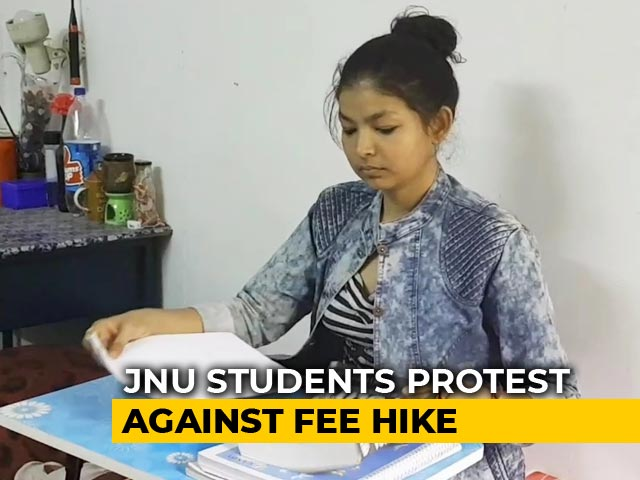"Video : ""May Not Be Able To Get A JNU Degree,"" Say Students On Fee Hike"