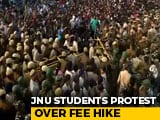 Video : JNU Students Protesting Huge Fee Hike Clash With Cops