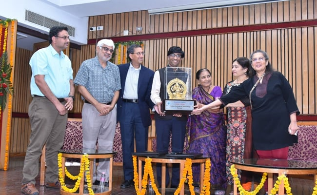 IIT Kanpur To Set Up Centre For Engineering In Medicine