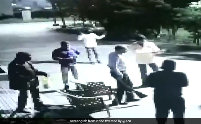 On Video, Robbers Loot Cash At Gunpoint From Builder's Home In Madhya Pradesh