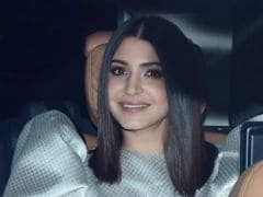 Anushka Sharma Raises The Bar For Party Looks With Exaggerated Puff Sleeves