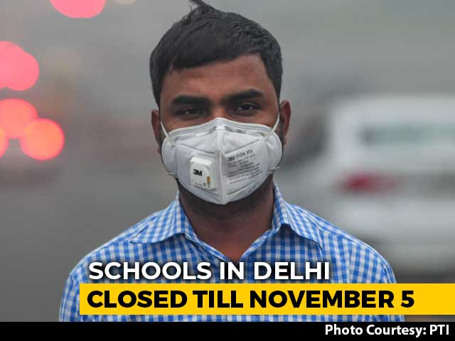 "Video : Delhi Air Quality Index Crosses 500, Remains In ""Severe"" Category"