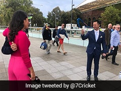 Ricky Ponting Turns Photographer, Clicks Fan