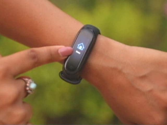 Video : A Fitness Tracker to Keep Fit Post Diwali!
