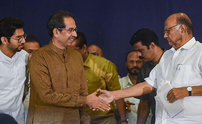 शरद पवार ने महाराष्ट्र के सीएम उद्धव ठाकरे के साथ की घंटे भर लंबी बैठक : रिपोर्ट