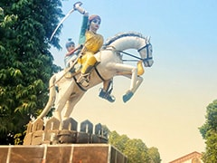 "Rani Laxmi Bai Birth Anniversary: PM Modi Pays Tribute To ""Warrior Queen"""
