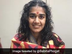 दंगल गर्ल Babita Phogat ने शेयर की शादी की पहली रस्म की तस्वीरें, देखिए Photos