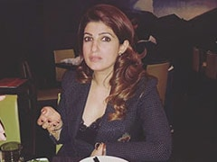 Twinkle Khanna's Reaction When She Is Asked To Serve Food On 'Instagram First'