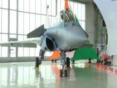 COVID-19 महामारी के बावजूद भारत को समय पर राफेल विमान देने का फ्रांस ने किया वादा