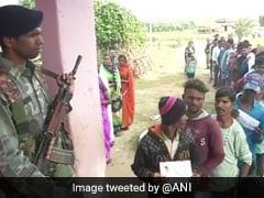 झारखंड विधानसभा चुनाव के पहले चरण में करीब 65 फीसदी मतदान, नक्सलियों के मंसूबे फेल