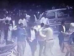 वकील-पुलिस विवाद : गोली चलाने वाले जवानों की गिरफ्तारी फिलहाल नहीं होगी