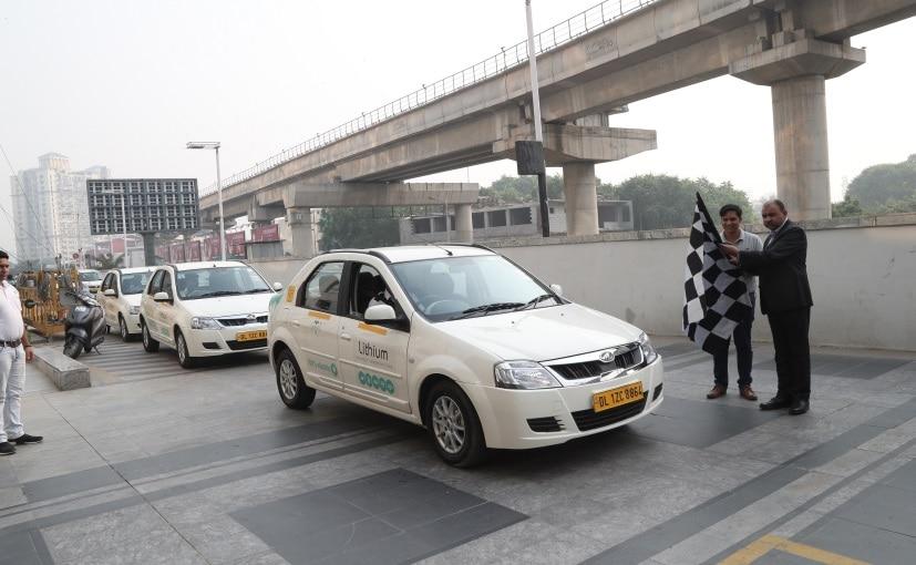 Nittan Bhalla GM, Facilities Management Wipro & Vikash Mishra, Lithium flagged off the newest EV fleet