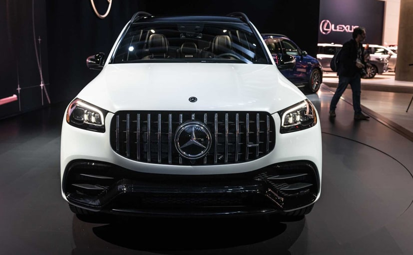 The Mercedes-AMG GLS 63 gets a large Panamericana grille upfront and beefier bumper.