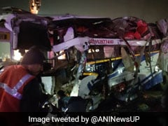 4 Killed, At Least 30 Injured In Bus Accident On UP Expressway
