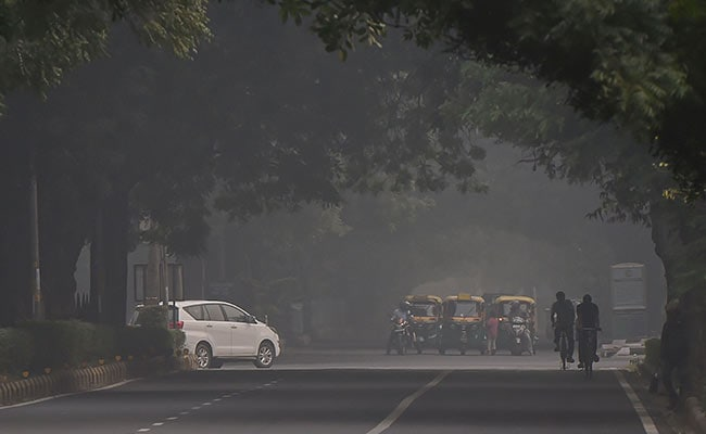 Delhi air quality unlikely to improve before Monday
