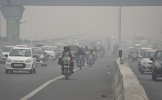 Delhi's Air Quality To Remain 'Very Poor' Till Tuesday: Pollution Watchdog SAFAR