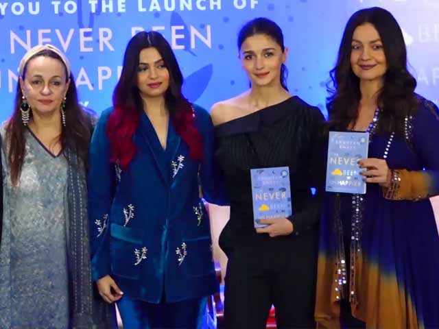 Alia Bhatt And Family At Shaheen Bhatt's Book Launch