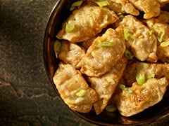 Make Veg Cheese Momos With Chutney In 15 Minutes With This Genius Recipe!
