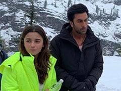 Alia Bhatt And Ranbir Kapoor In Snowy Mountains: Internet Digs Out Pic From <I>Brahmastra</i> Shoot