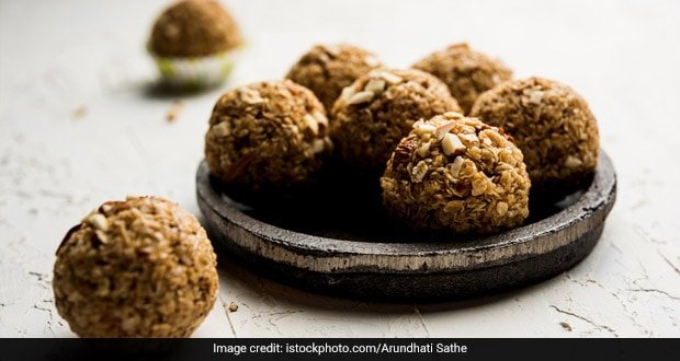 Winter Diet: Quick And Easy 3-Ingredient Dates And Nut Ladoo Recipe For Winter Cravings