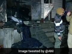 டெல்லி துணிக்கிடங்கில் தீ விபத்து: 9 பேர் உயிரிழப்பு