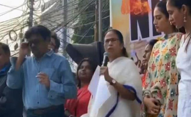 'Country Burning, They Talk About Clothes': Mamata Banerjee's Dig At PM
