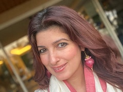 Twinkle Khanna Proves That 'Onions Are A Girl's Best Friends.' See Pic