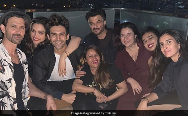 Pic: The One With Deepika Padukone, Hrithik Roshan, Anil Kapoor And Kartik Aaryan At A Big Fat House Party