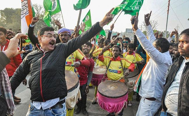 झारखंड में झामुमो-कांग्रेस-आरजेडी गठबंधन को मिला स्पष्ट बहुमत, जानें 10 बड़ी बातें