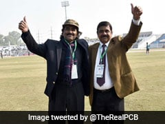 "Pakistan vs Sri Lanka, 1st Test: ""Crowd Puller"" Javed Miandad Catches Up With Fans During Historic Test In Rawalpindi. Watch Video"