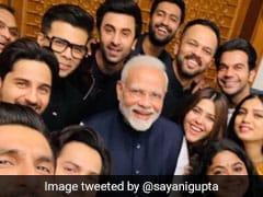 PM मोदी के साथ फोटो खिंचवाने वाले सितारों पर भड़कीं बॉलीवुड एक्ट्रेस, बोलीं- कोई तो पीएम को संदेश दो...
