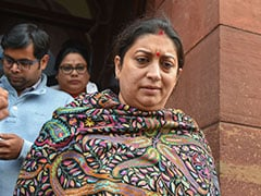Congress MPs Should Apologise For Misbehaving With Smriti Irani: Centre