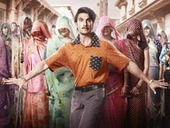 Ranveer Singh In <I>Jayeshbhai Jordaar</I> First Look Poster Is <i>Ekdum Saras Che</I>