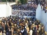 Citizenship Act-க்கு எதிரான போராட்டம்; டெல்லி மாணவர்கள் மீது தாக்குதல்; களத்தில் தமிழக மாணவர்கள்!