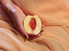 Twinkle Khanna: वहां शेव करनी चाहिए या नहीं? ट्विंकल खन्ना ने दिए Female Genitalia से जुड़े कई सवालों के जवाब