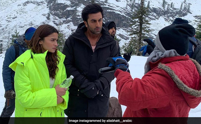 Alia Bhatt And Ranbir Kapoor In Snowy Mountains: Internet Digs Out Pic From Brahmastra Shoot