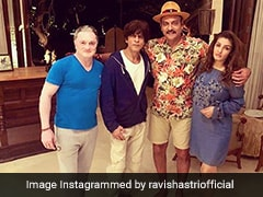 Michael Vaughan Comments On Ravi Shastri's Picture With Shah Rukh Khan, Raveena Tandon