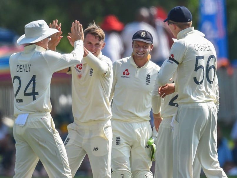 South Africa vs England 1st Test: Sam Curran Takes Four As Quinton De Kock Resists