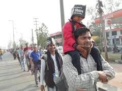 कमलनाथ सरकार की वादाखिलाफी से नाराज 'अतिथि विद्वान' धरने पर बैठे, देखें - VIDEO
