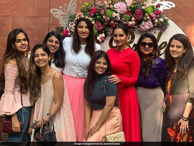 Anam Mirzas Bridal Shower Pictures And Videos With Sister Sania Mirza Light Up Instagram
