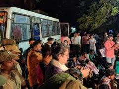 Citizenship Act Protests: मद्रास विश्वविद्यालय में घुसी पुलिस, CAA के खिलाफ छात्रों का प्रदर्शन जारी