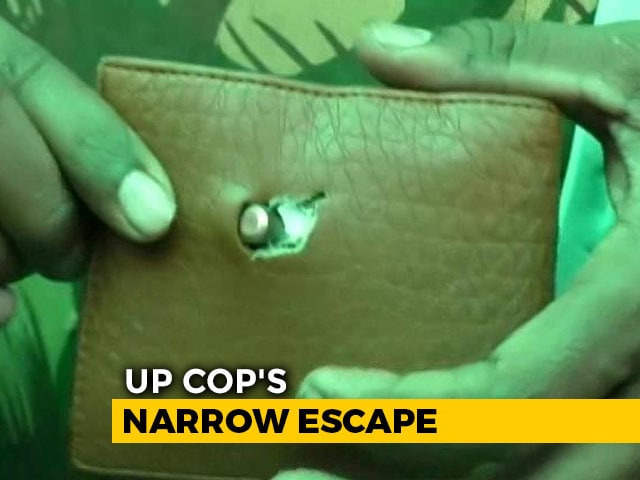 "Video : ""Second Life"": UP Cop After Wallet Stops Bullet During Citizenship Protest"