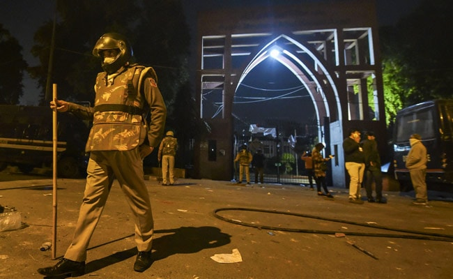 Southeast Delhi Schools To Be Closed Today After Clashes Near Jamia
