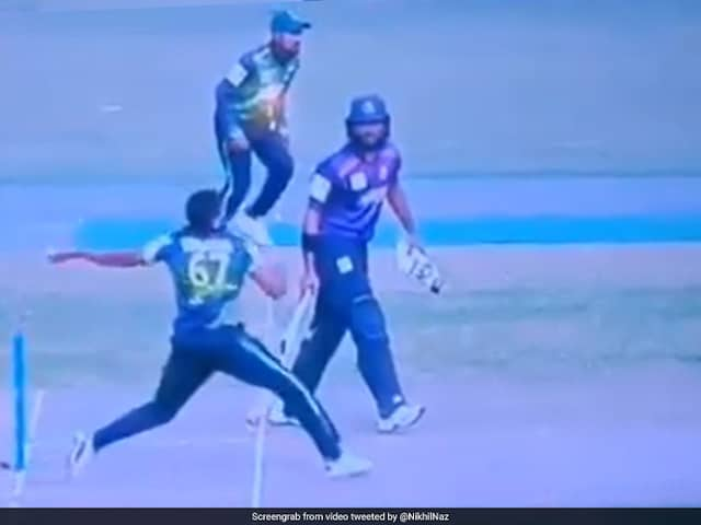 Fans Cry Foul After West Indies Pacer Bowls Huge Wide, No-Ball In Bangladesh Premier League. Watch Video