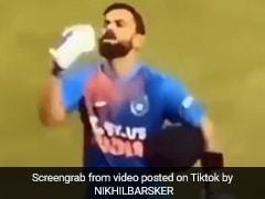 विराट कोहली ने स्टेडियम में लगाए 'गगनचुंबी' छक्के, शादी की सालगिरह पर बीवी को दिया तोहफा