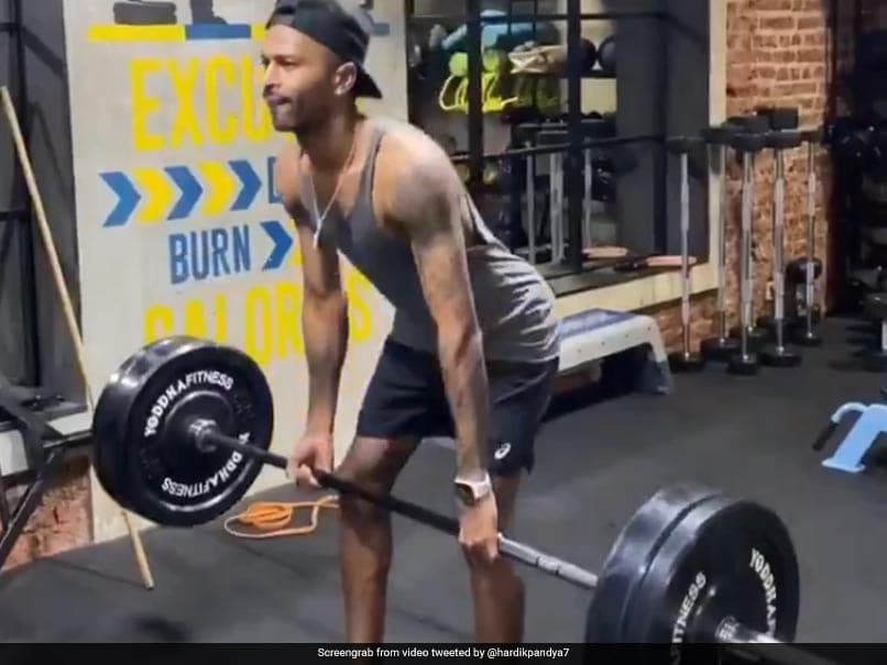 Hardik Pandya Hits Gym After Injury, Receives Motivational Message From Sunil Shetty. Watch